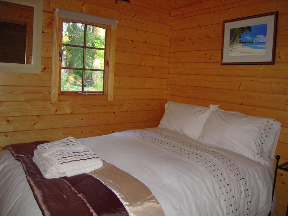 Maple-Bedroom